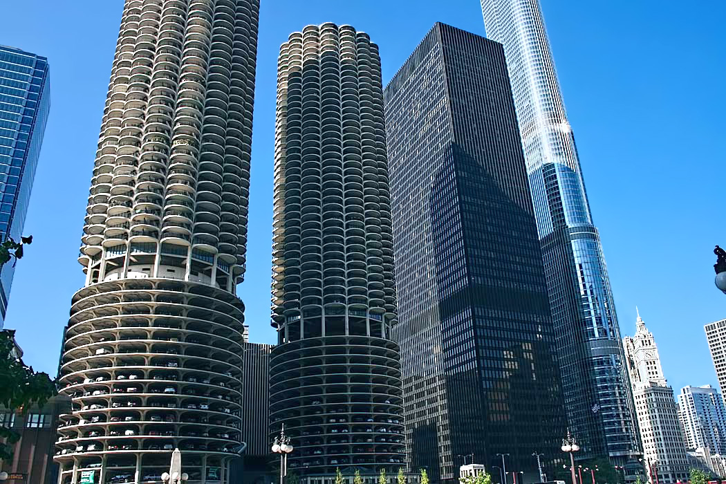 Iconic round Marina Towers help give Chicago's skyline its distinctive look