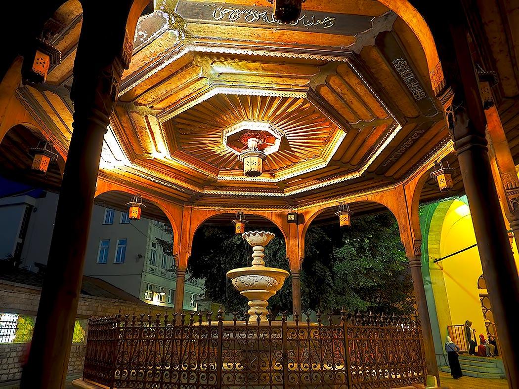 Octagonal marble fountain in the courtyard of Gazi Husrev Beg Mosque in Sarajevo, Bosnia-Herzegovina.