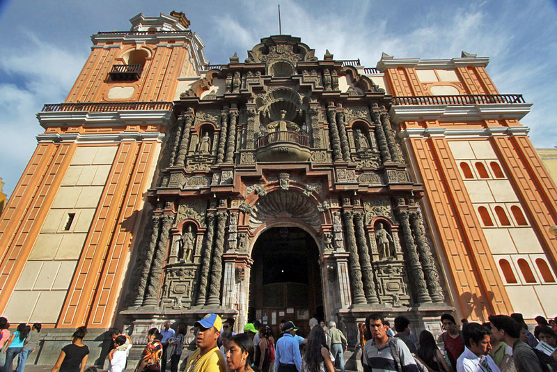 Intricately sculpted church facade on Jiron de la Union, Lima