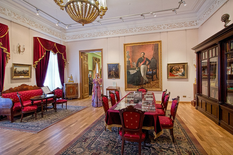 Mayor's daughter shows us around her father's mansion in Yaroslavl, Russia