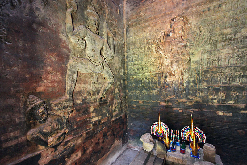 Giant Hindu carvings inside Prasat Kravan Temple at Angkor Wat, Cambodia.