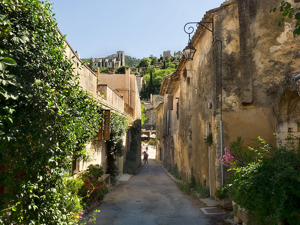 Oppede-le-Vieux, a lesser known but very beautiful hilltop village in Provence, France