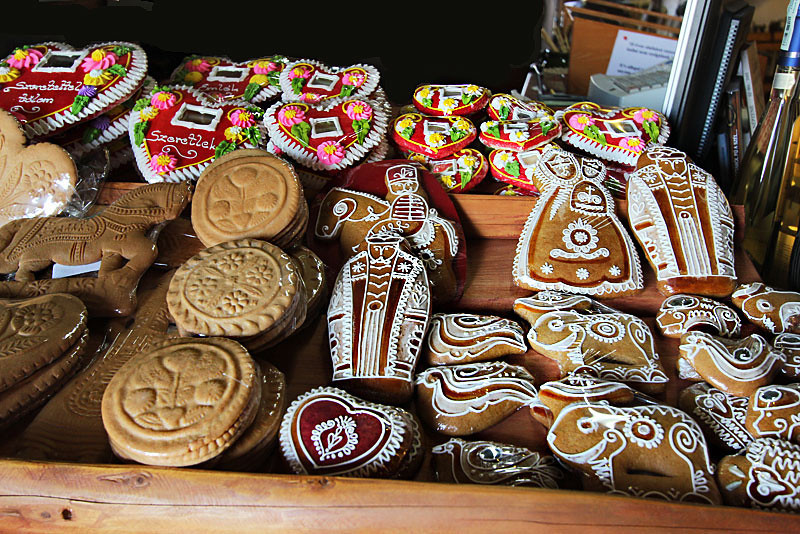 Traditional Hungarian Honey cakes are made by adding cold honey to flour, which creates a dough that can be carved into shapes
