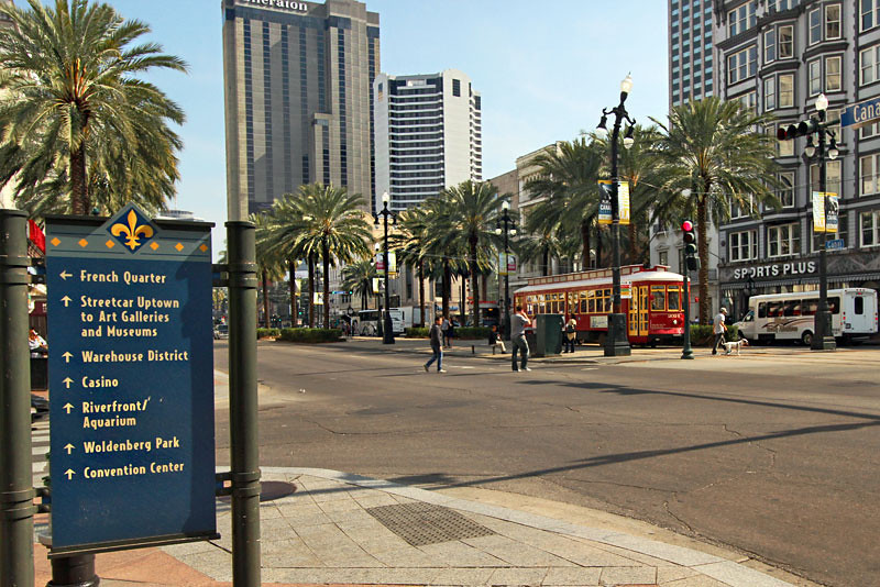 Streetcar on Canal Street in New Orleans