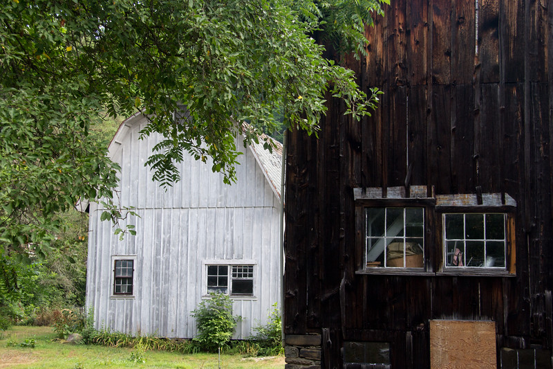 2016-08-01: Keep those barns in a line.