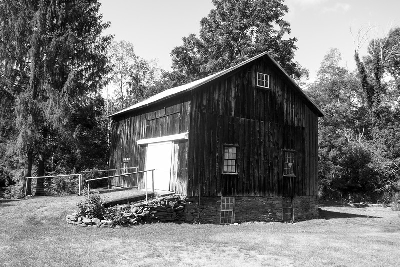 2016-07-22: My neighbors have some great barns in their back yard. This is one of my favorite.