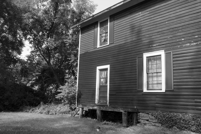 2016-07-21: Old building with some character.