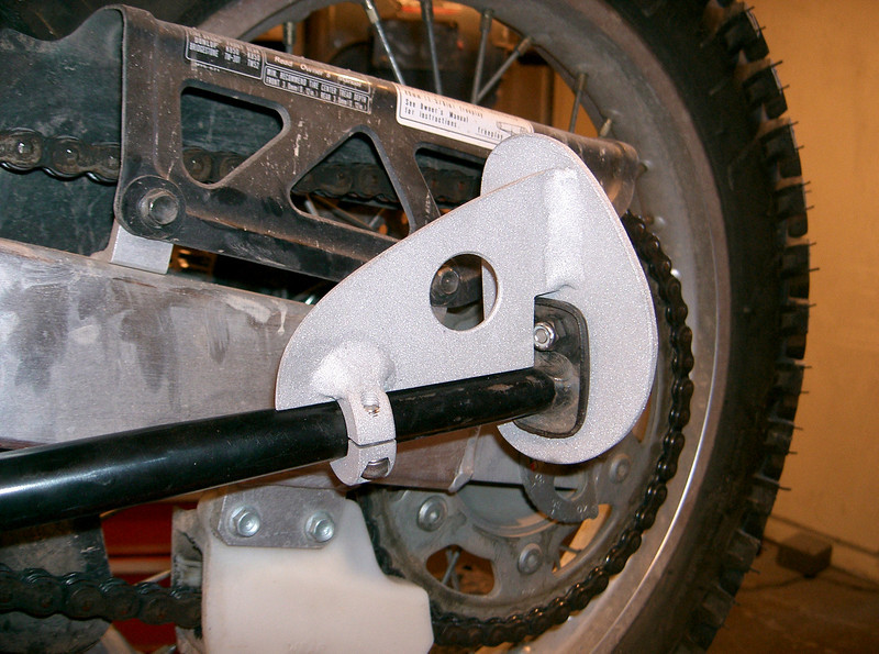 Honda XR650L all aluminum fatfoot in the up poition. Hand fabricated and TIG welded for one piece construction. Comes with stainless steel mounting hardware. Can be powdercoated or painted. Price: $40.00 shipped in the cont USA.