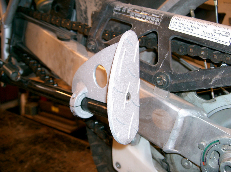 Honda XR650L all aluminum fatfoot bottom view. Diamond plate base for extra strenght and slip resistance. Increase surface area of foot by approx 4 times. Keeps the bike from tipping over when parked on soft surfaces. Price: $40.00 includes shipping in the cont USA.
