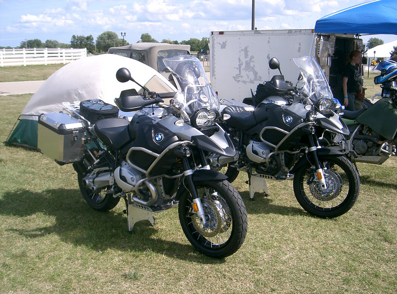 Here's a pair of R1200GS adventure from the BMW national. I installed the skidplates while the riders walked around the rally.