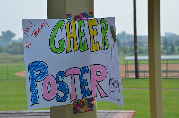 Cheer Signs-DKMR-08-29-2015