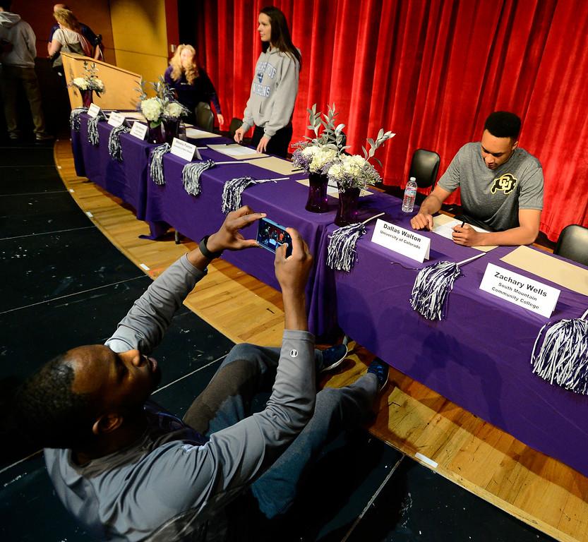 Dallas Walton Signs with CU Basketball