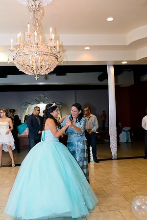 Marissa's quinceanera in Fort Worth, TX. Fort Worth quinceanera photographer, Monica Salazar. www.monica-salazar.com monicasalazarphoto@gmail.com 972-746-3557