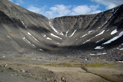 7/4/08 7:08PM - At the top of the south side of Atigun Pass, this cirque on the east side looks inviting, if one has the energy to climb to the top for what is probably a fantastic view.