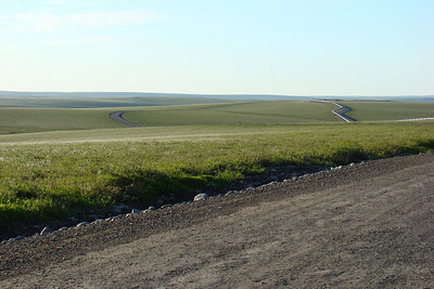 7/4/08 9:53PM - Around Mile 328 (just 3 miles north of Ice Cut), this view across the tundra only begins to convey the vastness of this area.