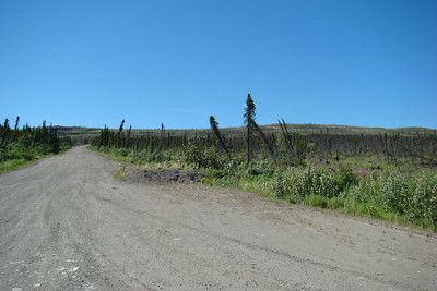 The road up to the viewpoint, as it appears from the Dalton Hwy.
