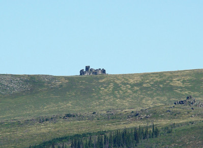 Looking across the valley from the viewpoint at Mile 86.6, this rock outcropping on the top of the ridge appears as a castle.  Wish I had the energy of my youth, and I would walk up there for close-up photos.  Now, however, I will avail myself of the trusty telephoto.