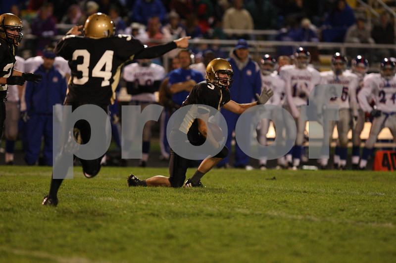 Date:  10/19/2007<br /> Location:  Sycamore, Illinois<br /> <br /> Caption:  Chronicle photo ERIC SUMBERG <br /> <br /> Summary:  Sycamore Spartans defeat Glenbard South 20-14 to advance to playoffs in football
