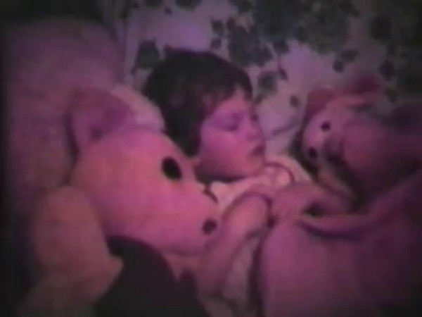 Audio Archive Clip 1981 (5) - Yaden, Dan & Danny (age 3) - May 8 chat from the Queen Avenue home - Part 1 of 2 - Julie pregnant with Matthew - Yakima, WA (3 min 39 sec)