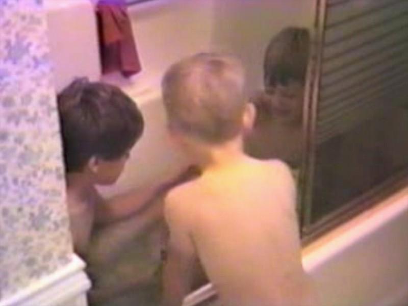 Video Archive Clip 1988 (April) - Yaden, Dan & Julie - The Jaybirds - Beaton Lake Estates Home - Corsicana, TX - Danny (age 9), Matthew (age 6), Jacob (age 3), Julie (age 34) pregnant with Steven - Mixed Relations Series - Edited in April 1988 (1 min 53 sec)