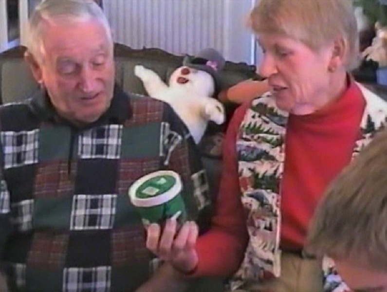 Yaden Time Warp 1998:  Christmas Day with Mom & Dad