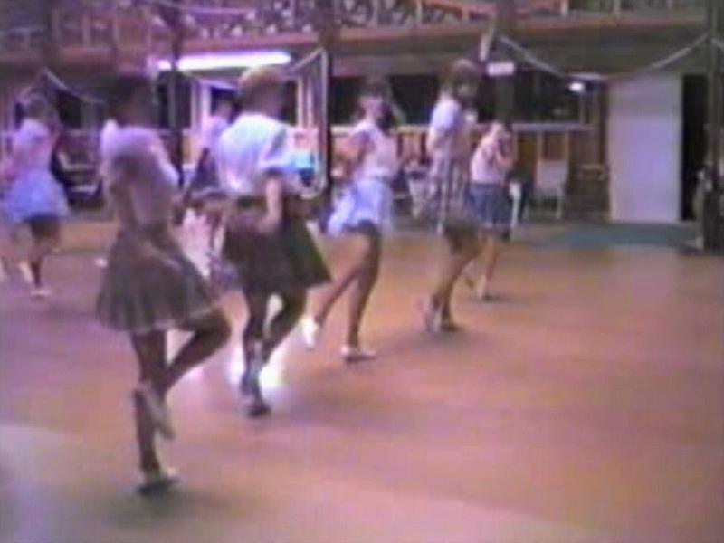 1988 - Julie & the Tacoma Girls