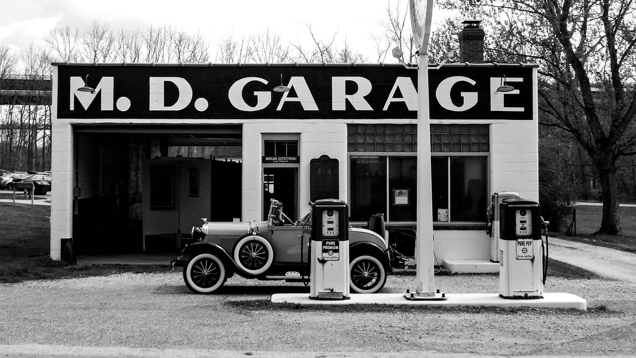 M.D. Garage, CVNP, Spontaneous 50 Mile Towpath Trail Ride, May 2015.