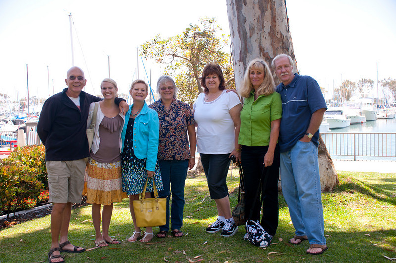 Left to Right: Bob, Lauren & Judy Heinrich, Sara & Cathy Taverner, Judy & Fred DeNooy celebrating a number of birthdays that fall in June, July & August.