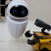 wall-e:  wall-eeeeeeee (this is for youuuuuuuuuuuu)<br /> eve: hehe
