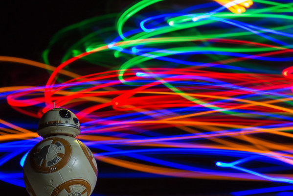 82/366 - Night Lights w/BB-8