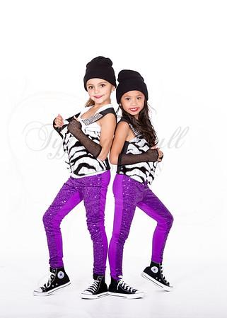 Chloe and Miley-9374