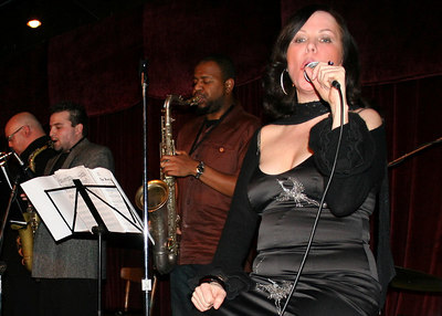 Rancho Nicasio - Lavay Smith and her Red Hot Skillet Lickers - January 26, 2007