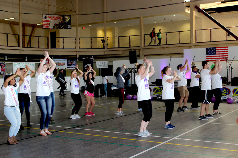 Participants dancing at the start of the event. (MOLLY HACKETT   COLLEGIAN MEDIA GROUP)