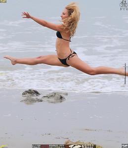 malibu swimsuit model 34surf beautiful woman 547..65756