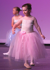 Dance (727)