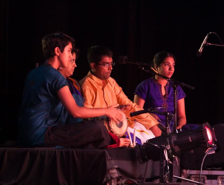 00aFavorite 20120709 Ragamala Dance 'Sacred Earth' rehearsal, Duke Univ (0599, 926p, c2012 Dilip Barman) [NN]