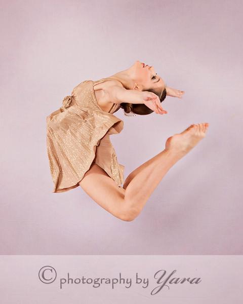 © 2013 Photography by Yara!