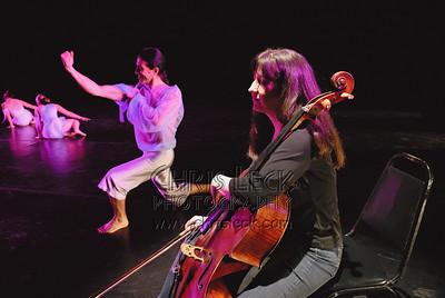 Agnieszka Laska Dancers and Las Pléyades Danza Contemporanea, with the Oregon Symphony String Quartet and Justin Kagan, at the Newmark Theater.