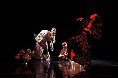 Agnieszka Laska Dancers at Interstate Firehouse Cultural Center
