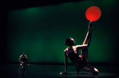 """Diameter IX"" performed by Agnieszka Laska Dancers, with Marilyn Shotola (flute) and Rob Shotola (percussion)"