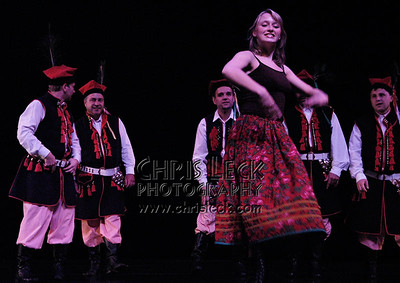 """""""Folk Dance"""" performed by Agnieszka Laska Dancers, Sobotka, and Stan Stanford (cl)."""