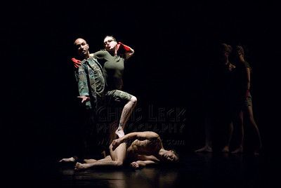 Agnieszka Laska Dancers in 'The Fall '01'