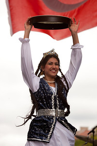 Gavalla Raks (Azeri Drum dance) by Nomad Dancers