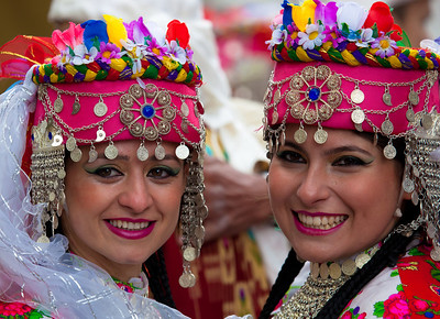 Betul Ayhan and Cansu Gekic of the Ankara Folk Dance and Music Ensemble (FOMGET)