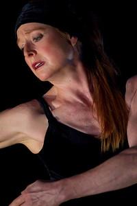 Lucy Bowen McCauley in Tus Ojos Claros…Santa Lucia