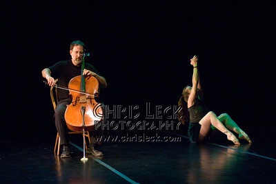 'Suite No. 6'performed by Agnieszka Laska Dancers and Justin Kagan (cello). Music by J.S. Bach, choreography by Agnieszka Laska. Bach to Bloch -- Portland Mini-Fest, International de Danse.