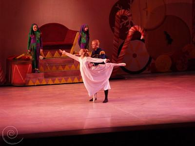 Ballet Wichita, Nutcracker 2007, choreographed by Jill Landrith Ewonus, Apotheosis