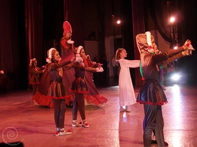 Ballet Wichita, Nutcracker 2007, choreographed by Jill Landrith Ewonus, Mother Ginger Variation