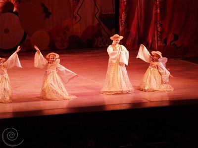 Ballet Wichita, Nutcracker 2007, choreographed by Jill Landrith Ewonus, Act II Intro