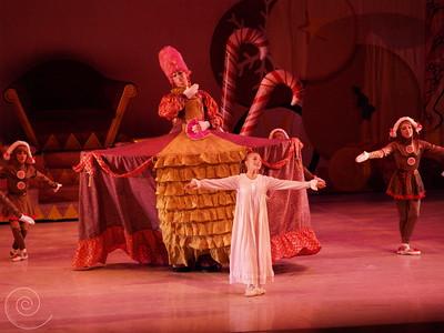 Ballet Wichita, Nutcracker 2007, Mother Ginger Variation